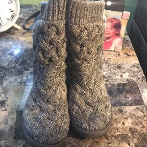 Women's Ugg Isla Bow Boots